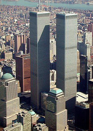 300px-World_Trade_Center,_New_York_City_-_aerial_view_(March_2001).jpg