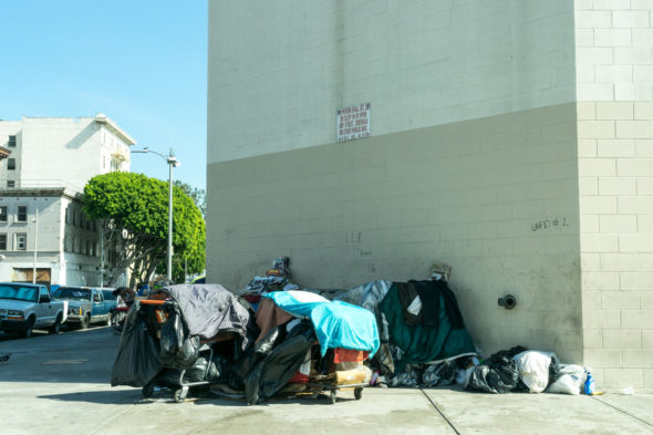 HOMELESSNESS_TAKEN-2015_-SKID-ROW-_LOS-ANGELES-590x393