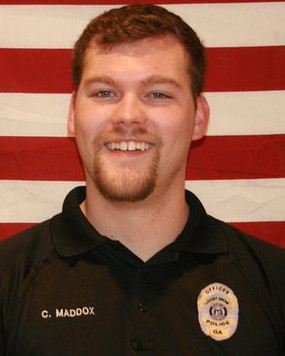 police-officer-chase-maddox